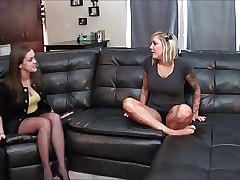Pantyhose sexy vids - young lesbian sex